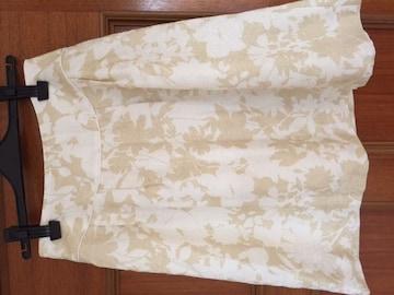 美品 ジャイロ 花柄 スカート ベージュ 白