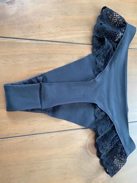 トリンプ アモスタイル Tバック ショーツ 定形外95円 < 女性ファッションの