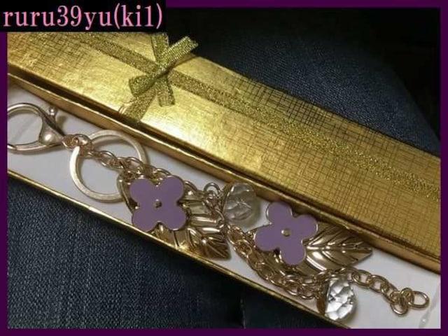 ki1☆お洒落なクローバー☆キーホルダー/チャーム/紫 < 女性ファッションの