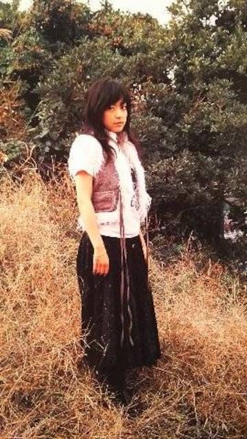 井上真央【週刊文春】2005.12.15号ページ切り取り < タレントグッズの