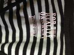 V字グリーン・ブラックボーダーTシャツサイズM