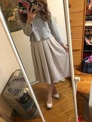 オフホワイト丈違いスカート