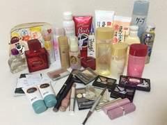 総額3万化粧品福袋☆アクアレーベル.メイベリンBB.ケイト.DHC