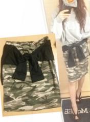 美品◆袖付きフェイク腰巻き迷彩カモフラ柄スウェット膝丈スカート