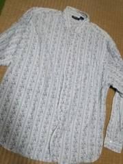 小花柄風ストライプシャツ