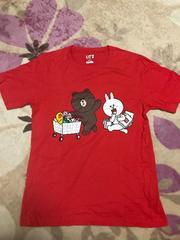 UNIQLOユニクロ★LINE  FRIENDSブラウン&コニーTシャツ M☆赤