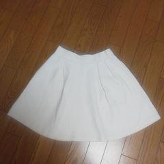 SLYスカート