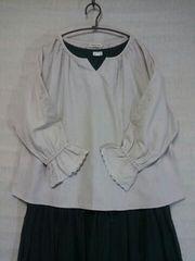 ●サマンサモスモス●刺繍入ボリューム袖プルオーバー 新品キナリ