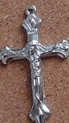 �L100スタ/ハンドメイド素材/キリスト十字架/シルバー2個