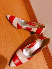 赤×白ボーダーパンプス