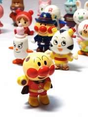 アンパンマン  ミニ人形  33人SET