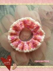 ハンドメイド/手編みの毛糸のフリフリシュシュ 120