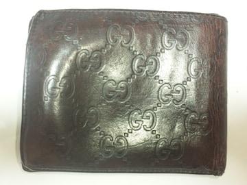 11856/GUCCIグッチ★確実本物ブラウンレザー革シマ柄の2つ折り財布