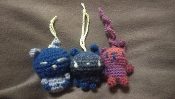 手編みのあみぐるみ、ウサギストラップ3個