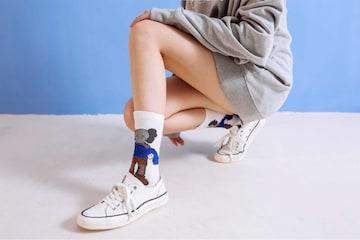KAWS女性靴下5足