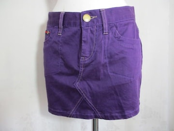 【tommy jeans】パープルのスカートです
