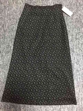 ブラック系 小花柄 ロング台形スカート 日本製