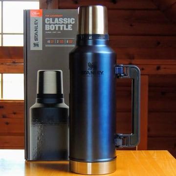 スタンレーSTANLEYクラシック真空ボトル1.9Lロイヤルブルー