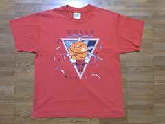 即決USA古着●NBAシカゴ・ブルズデザインTシャツ赤!バスケアメカジ