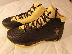 "S カリー【Under Armour Curry 2.5 ""Black Taxi""】28.0�p"