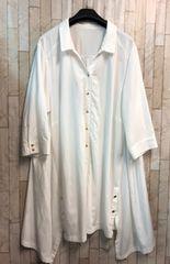 新品☆6L♪白系のシャツチュニック♪羽織っても♪OK ☆j124
