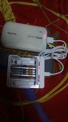 ニッケル水素単3型充電器モバイルバッテリータミヤミニ四駆等
