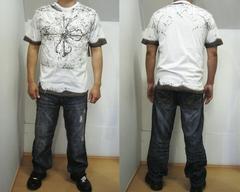 V94)ODE&VINNY ストーン付き総柄Tシャツ