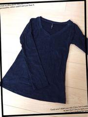 黒/無地/Vネック/ロンT/長袖Tシャツ/Mサイズ