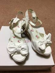 リズリサ 靴 1