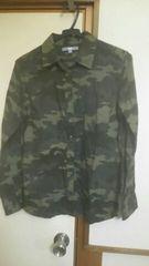 ユニクロ*迷彩柄シャツ