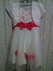 美品!一度だけ着ただけ!白と赤色で可愛いドレス☆130センチ