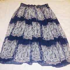 レイカズン*紺色柄フレアースカート