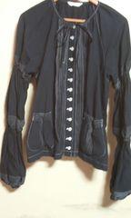 ピンクハウスブラウスジャケット 黒ピンタックが 素敵
