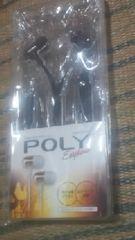 POLY【カナル型イヤホン】ブラック