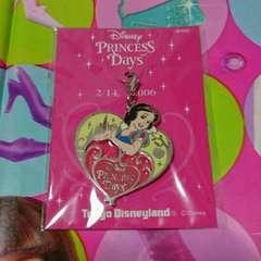 東京ディズニーランド非売品白雪姫チャーム2006年非売品レア