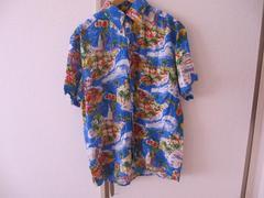 Hawaiiのシルクアロハシャツ