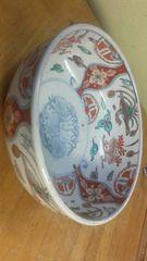 骨董。古伊万里の素晴らしい色絵鉢。無傷。