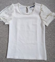 □新品INGNIオフホワイトシフォン レーススリーブ装飾半袖TOP□M