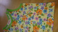 モバオクで買える「女の子 ノースリーブ シャツ サイズ90 送料無料」の画像です。価格は220円になります。
