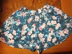 GU ジーユー 女の子用 スカート風パンツ 140