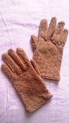 デフィエ〓格子メッシュ編み込み豚革本革リアルレザースエードグローブ手袋〓キャメル