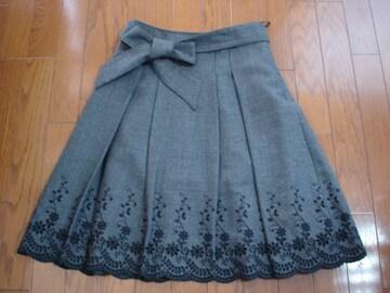 ★クリアインプレッション 裾刺繍がおしゃれなウールスカート★