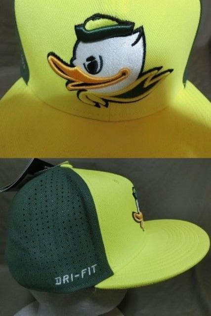 激レア USカレッジ Nike製DRY FIT【OREGON DUCKS】刺繍CAP < 男性ファッションの