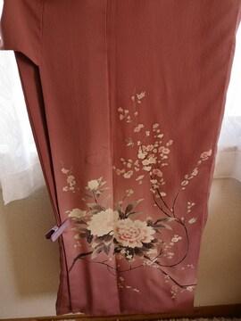 正絹のピンクの袷の着物です。