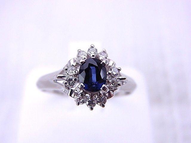 【即買】Pt900  深い青色 カラーストーン ダイヤモンドリング 15号 r-452★dot < 女性アクセサリー/時計の