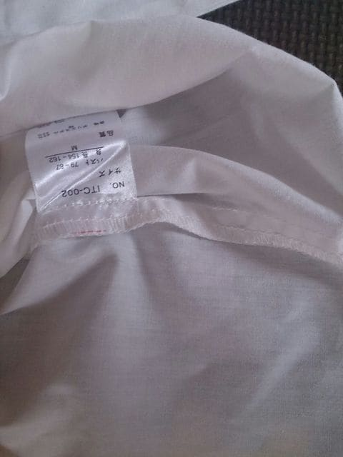 G.F 白のブラウス 美品 < 女性ファッションの