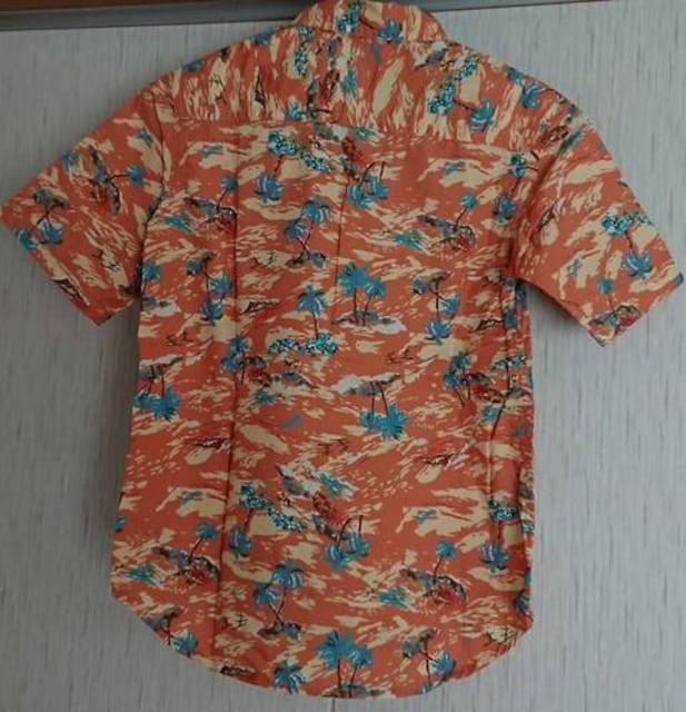 新品☆GUのアロハシャツ☆size130 < ブランドの