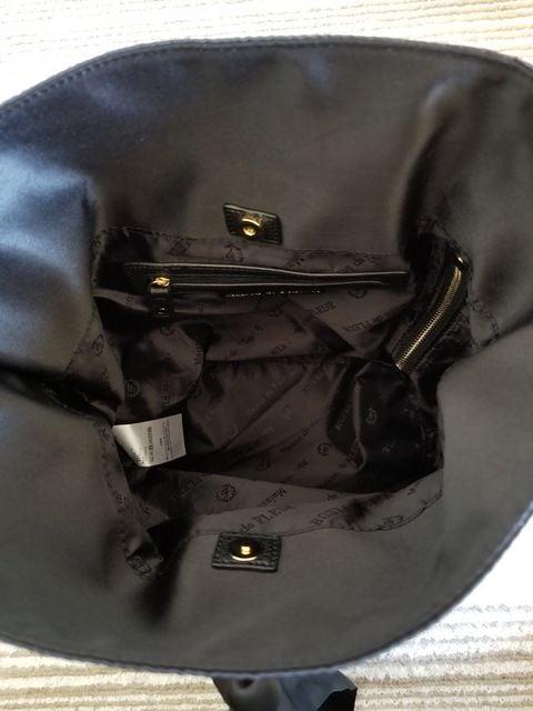メゾンドフルール(Maison de FLEUR)巾着リボンリュック < 女性ファッションの
