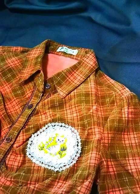セール☆北欧レトロな猫と花★LIZ LISAシャツリメイク < 女性ファッションの